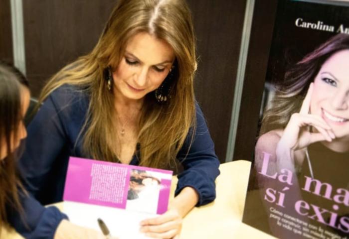 Entrevista a Carolina Angarita acerca de su libro La magia sí existe