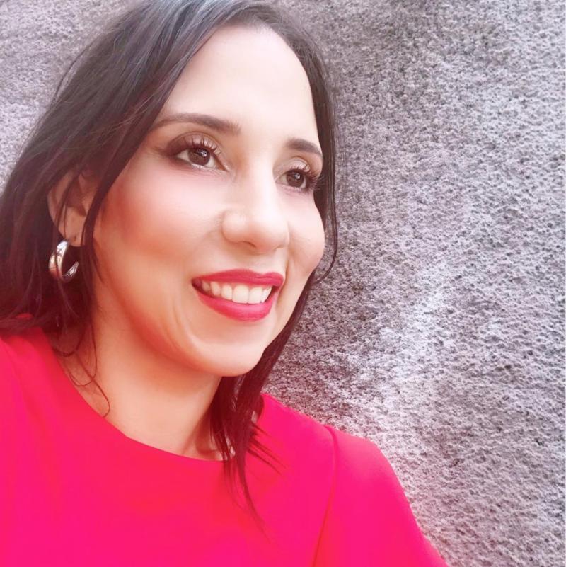 Entrevista a Ana Lu Black sobre emprendimiento en Asuntos de Mujeres